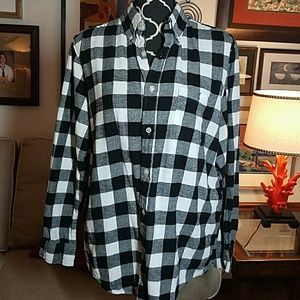 Blk and wht check shirt